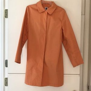 Gap light weight trench coat